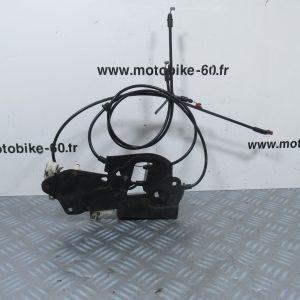 Piaggio X8 125 Système ouverture coffre