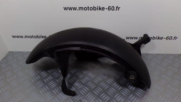 Lèche roue arrière Yamaha Xmax 125 / MBK  Skycruiser 125 ( ref: 1B9-F1611-00 )