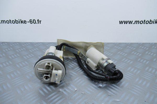 Pompe à  essence Gilera GP800