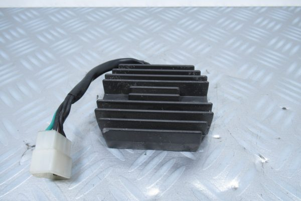 Regulateur de tension Suzuki SV 650