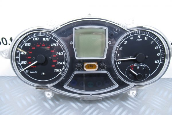 Compteur Piaggio MP3 400
