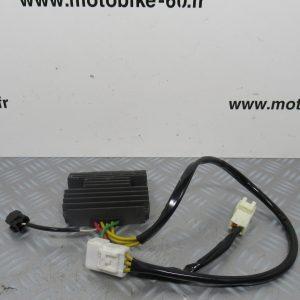 Regulateur de tension Piaggio X10 125