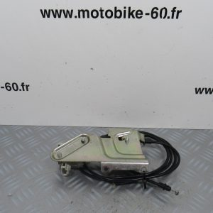 Systeme ouverture trappe essence Piaggio X10 125