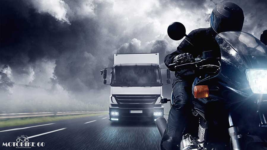Pourquoi la moto est écologique et économique en ville.