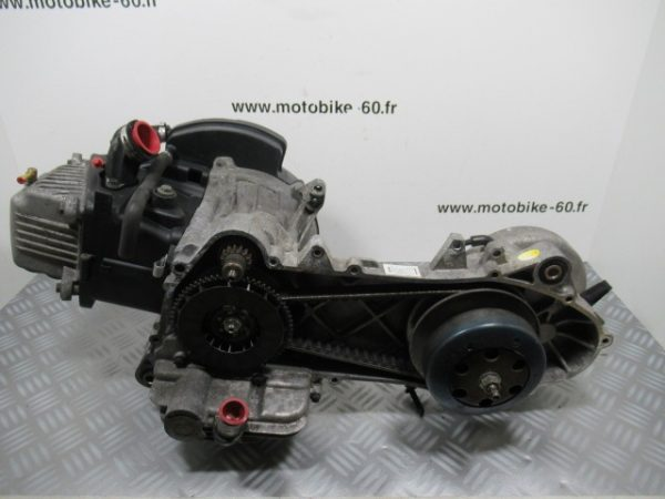 MOTEUR 4 TEMPS Piaggio FLY 50 cc