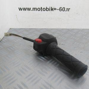 Commodo droit avec poignee de gaz accelerateur Yamaha Majesty 125