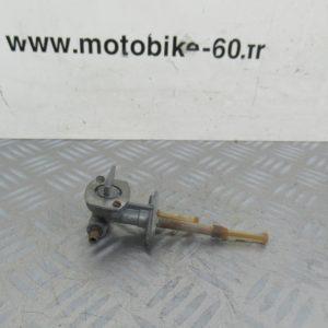 Robinet essence Yamaha Piwi 80