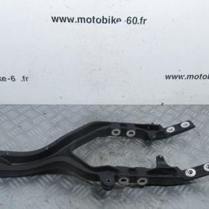Berceau moteur inferieur Yamaha MT01 1700