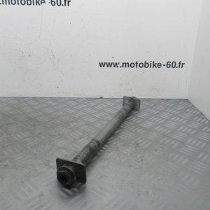 Axe de roue arriere Suzuki GSX 750 4t