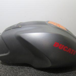 Reservoir essence Ducati Monster S4R 998 4t