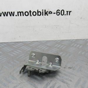 Serrure de selle Yamaha TZR 50