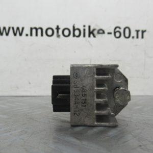 Regulateur de tension (ref:SH6334A-12) Peugeot TKR Metal X 50