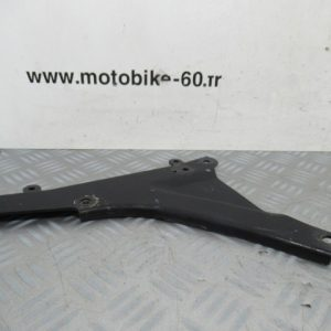 Renfort bras oscillant côté droit / platine de roue MBK SKYLINER 125