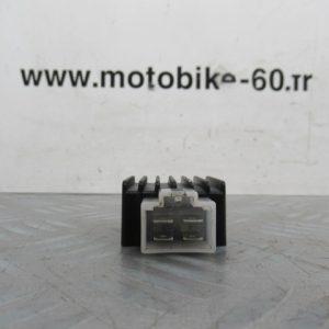 Regulateur de tension Peugeot kisbee – 50 cc