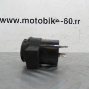 Centrale clignotant /Peugeot kisbee 50 cc