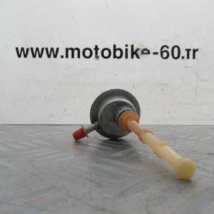Robinet essence / Peugeot kisbee 50 c.c