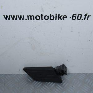 Repose pied passager droit / Peugeot Kisbee 50 cc