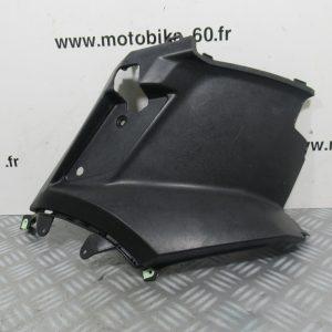 Carénage sous selle gauche Peugeot Kisbee 50 cc ref: 2000634400 – 1177917900