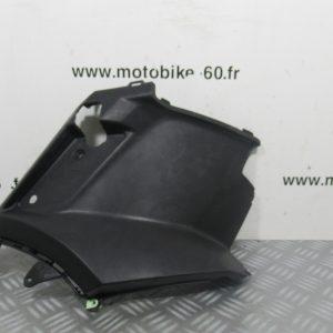 Carénage sous selle droit – Peugeot Kisbee 50 cc ref: 2000634500 – 1177918000