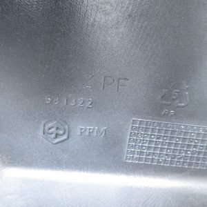 Entourage compteur / optique phare avant Piaggio Zip 50 ( ref: 581322 )