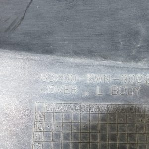 Carenage arriere gauche Honda PCX 125 (83600-KWN-9000)
