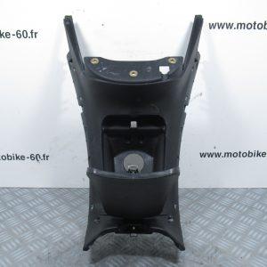 Carénage centrale et trappe à essence Piaggio MP3 125 ( ref: 624243-02 )