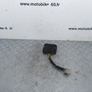 Regulateur tension Honda Pantheon FES 125 cc