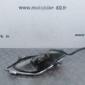 Feu + clignotant arriere droit Yamaha Xmax/MBK Skycruiser 125 (ref:304842101DX)