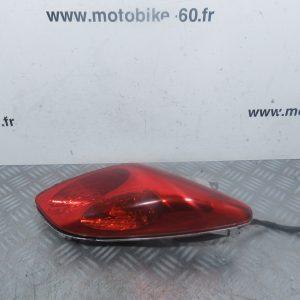 Feu + clignotant arriere droit Yamaha Xmax/MBK Skycruiser 125 cc (ref:304842101DX)