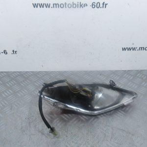 Feu+clignotant arriere gauche Yamaha Xmax/MBK Skycruiser 125 (ref: 304842101SX)