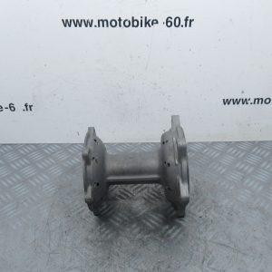Moyeu arriere 18 trous x2 Yamaha YZF 250 (ref:5ET00)