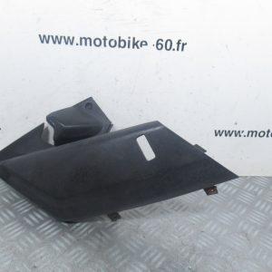 Cache sous selle droit Yamaha Xmax 125 cc (ref:1B9-F7487-00)