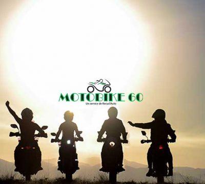 Une moto et des millions de passionnés sous différentes façons.